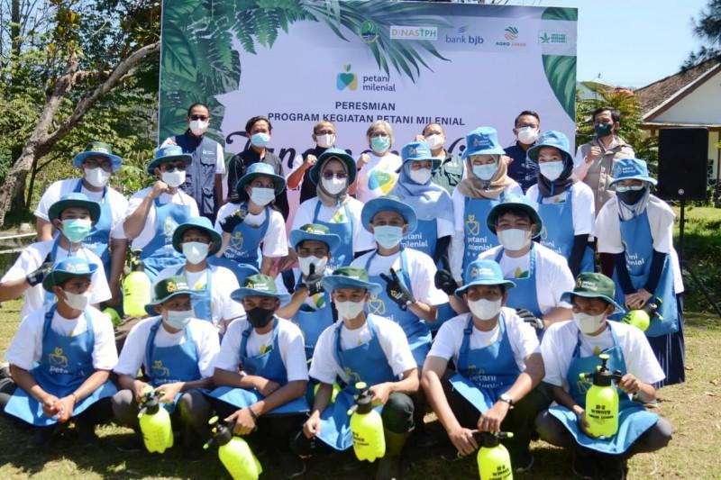 Jawa Barat kehilangan 100 ribu petani produktif, kata anggota DPRD
