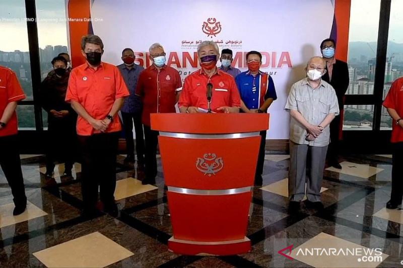 UMNO minta PM Malaysia Muhyiddin Yassin mengundurkan diri