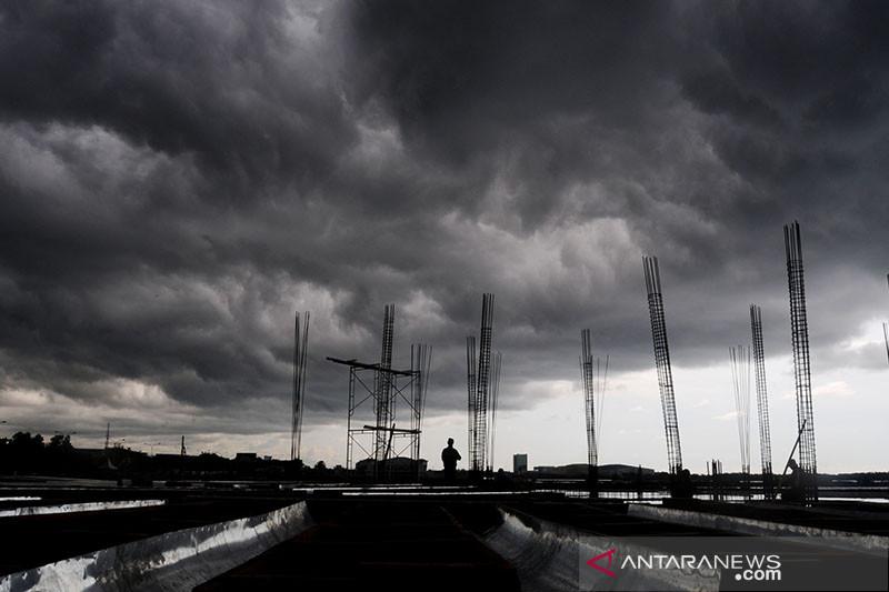 BMKG prakirakan potensi hujan lebat di sejumlah provinsi Indonesia