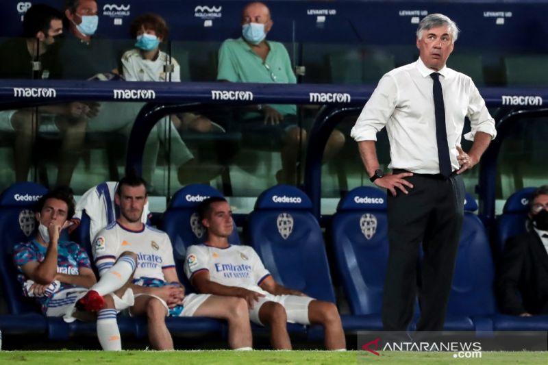 Carlo Ancelotti enggan bicara soal transfer Kylian Mbappe