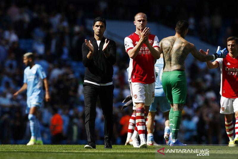 Mikel Arteta berterima kasih kepada suporter selepas Arsenal kalah telak