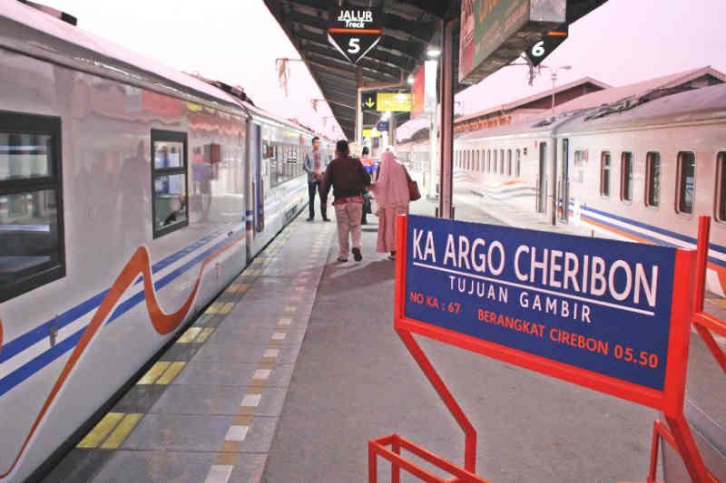 PT KAI Cirebon kembali operasikan KA Argo Cheribon