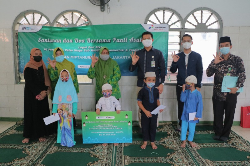 Sebar kebaikan di tengah pandemi, Pertamina beri santunan untuk 2 yayasan dan 150 anak