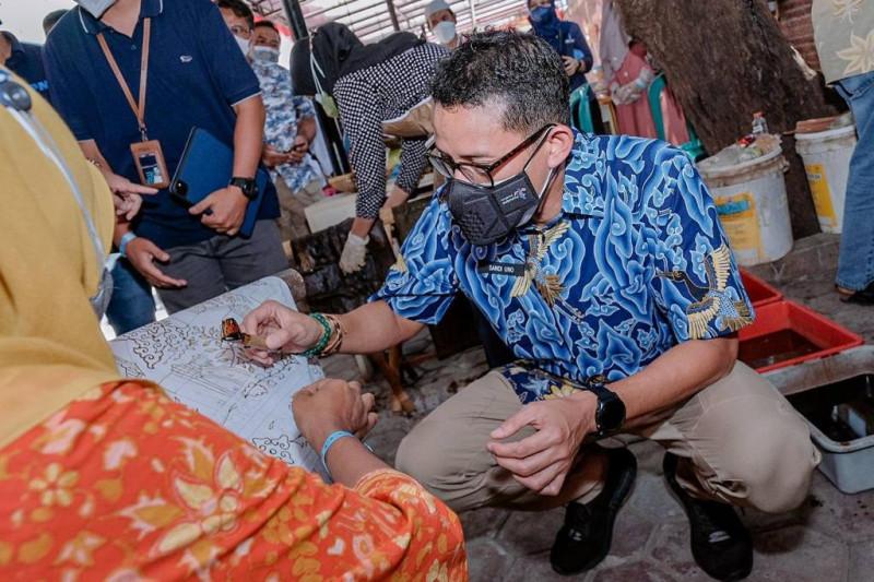 Menparekraf optimistis kolaborasi dengan PNM Mekar Cirebon dorong ekonomi