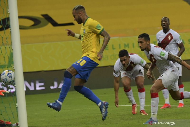 Brazil menang atas Peru 2-0