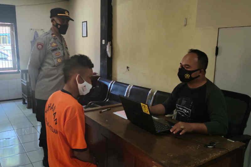 Polisi Majalengka tangkap pencuri modus beri bansos