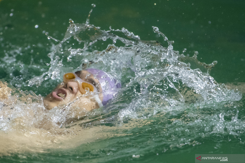 Latihan Atlet Renang Sumatera Selatan