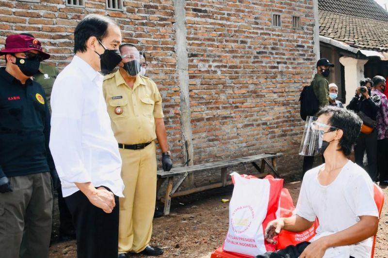 Presiden Jokowi bertemu warga Klaten bernama sama Joko Widodo