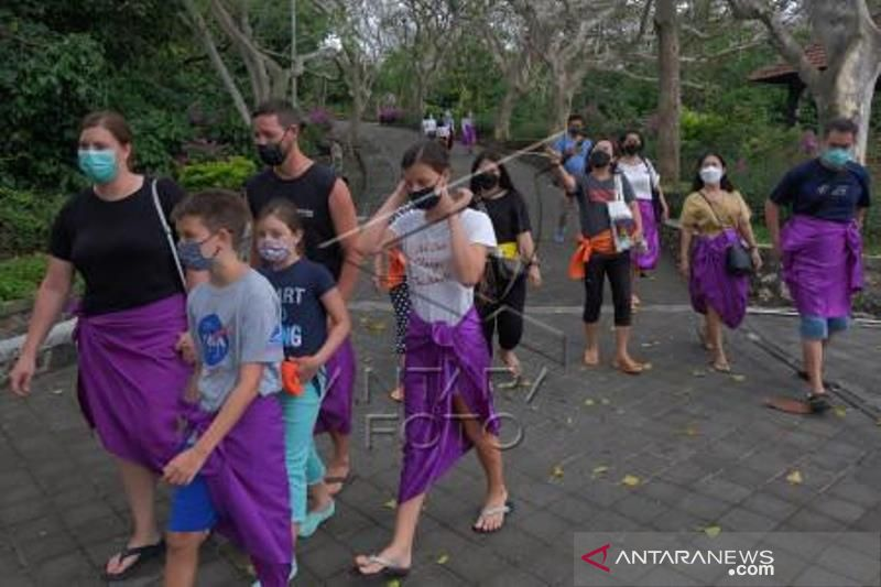 Uji Coba Pembukaan Objek Wisata Uluwatu Bali