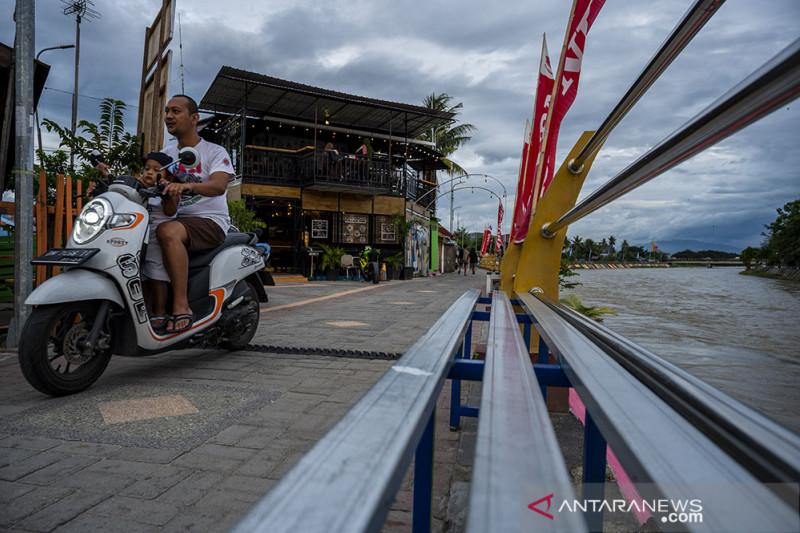 Wisata Bantaran Sungai Palu