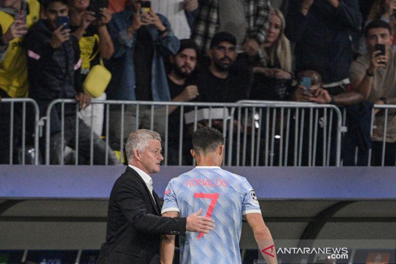 Solskjaer sebut alasan ganti Ronaldo dan Bruno saat lawan Young Boys