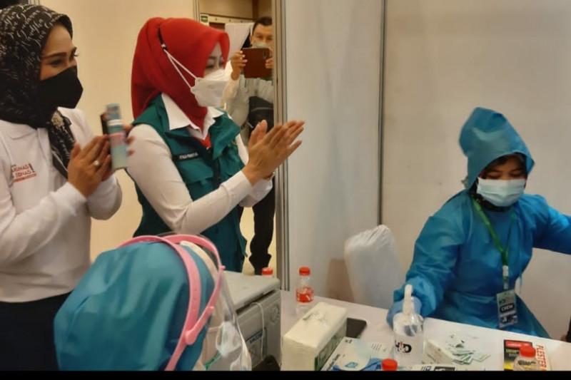 Atalia Kamil: Minat warga Jabar ikuti vaksinasi COVID-19 terus meningkat
