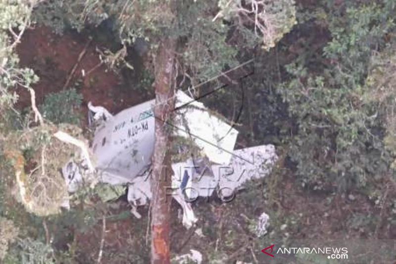 Kecelakan Pesawat Kargo Rimbun Air Di Papua