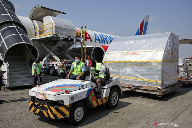 871.650 dosis vaksin Pfizer dari AS tiba di Indonesia