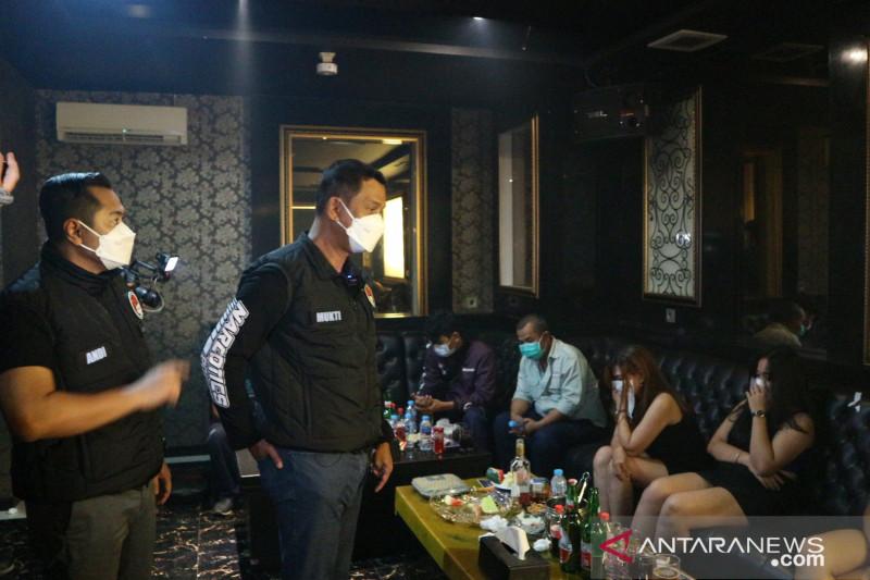 Polda segel dua tempat karaoke di Kabupaten Bekasi, ini pasalnya