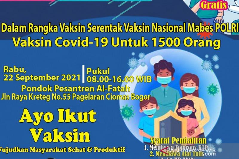 Mabes Polri dan KMI vaksinasi COVID-19 ribuan santri di Bogor