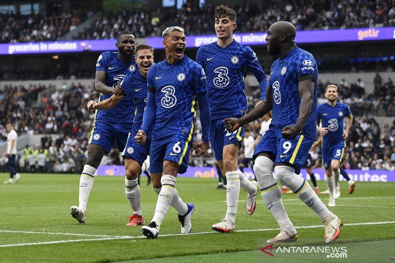 Chelsea lumat Tottenham untuk torehkan rekor