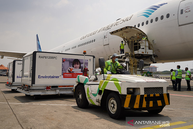 5,2 juta dosis vaksin covid Sinovac dan Sinopharm tiba di Indonesia