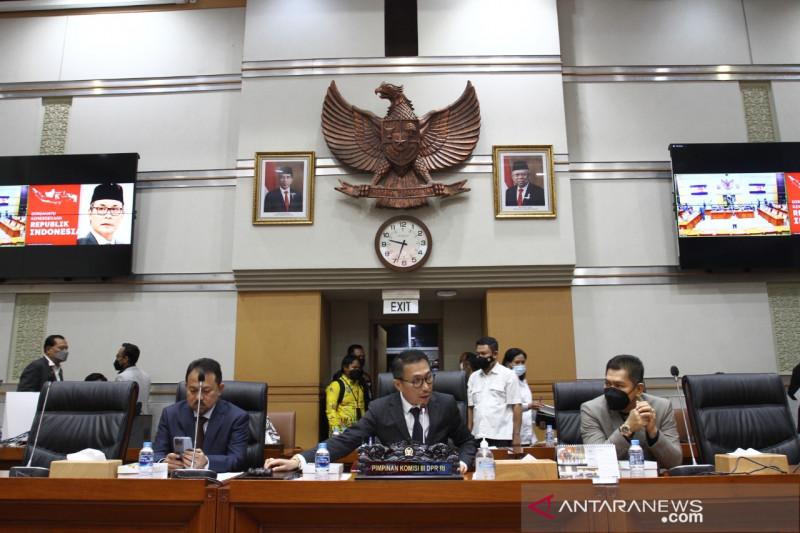 7 calon hakim agung yang dipilih Komisi III DPR