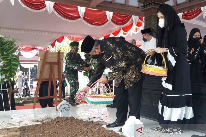 SBY: Ibu Ageng contoh istri prajurit memiliki ketangguhan
