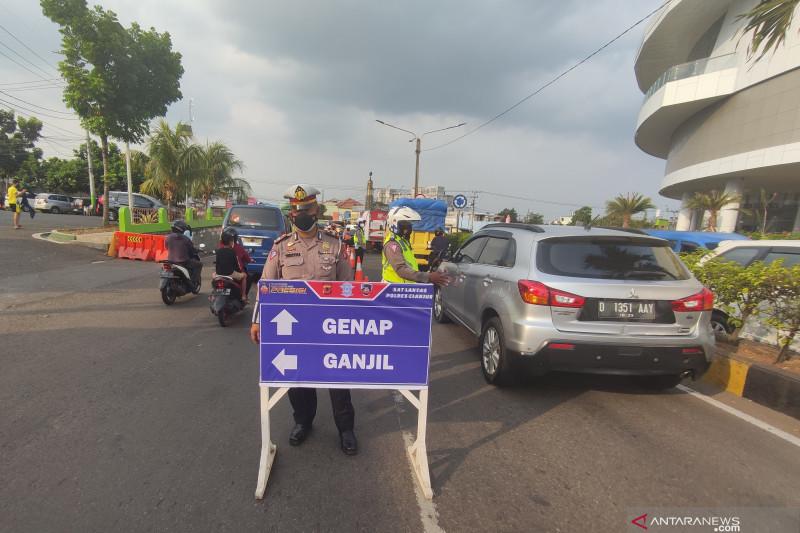 Ganjil-genap jalur Puncak permanen untungkan pemulihan ekonomi Cianjur