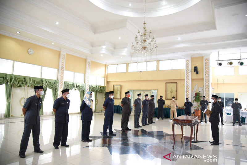 Bupati Bandung rotasi sembilan kepala dinas di Pemkab