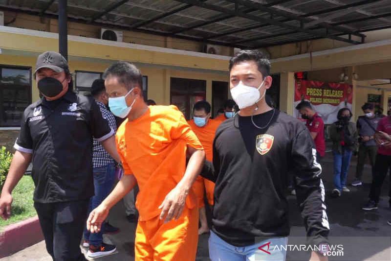 Polisi Indramayu bekuk empat pencuri yang menyasar nasabah bank