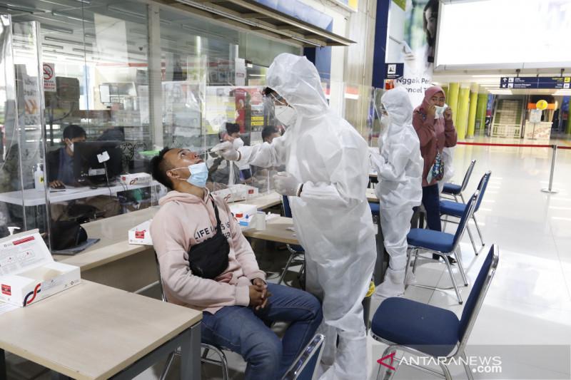KAI Daop 1 turunkan tarif tes antigen di stasiun jadi Rp45 ribu