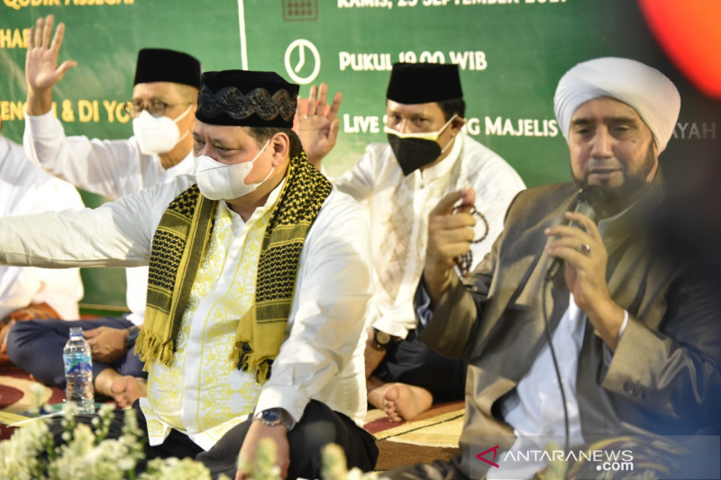Airlangga hadiri haul leluhurnya Ki Ageng Gribig pendakwah di Jawa