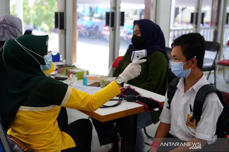 Pemkab Garut buka sentra vaksinasi covid di Pendopo sampai akhir 2021