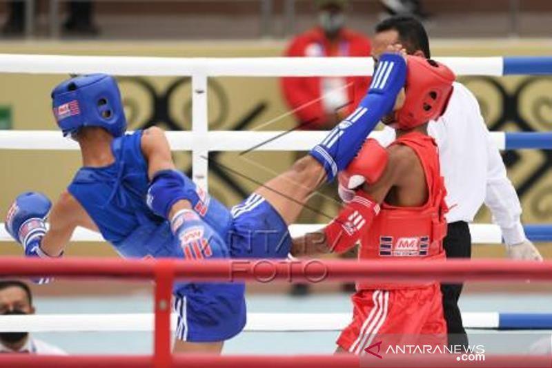 Atlet Muay Thai PON  Sumbar Menang  Babak Penyisihan