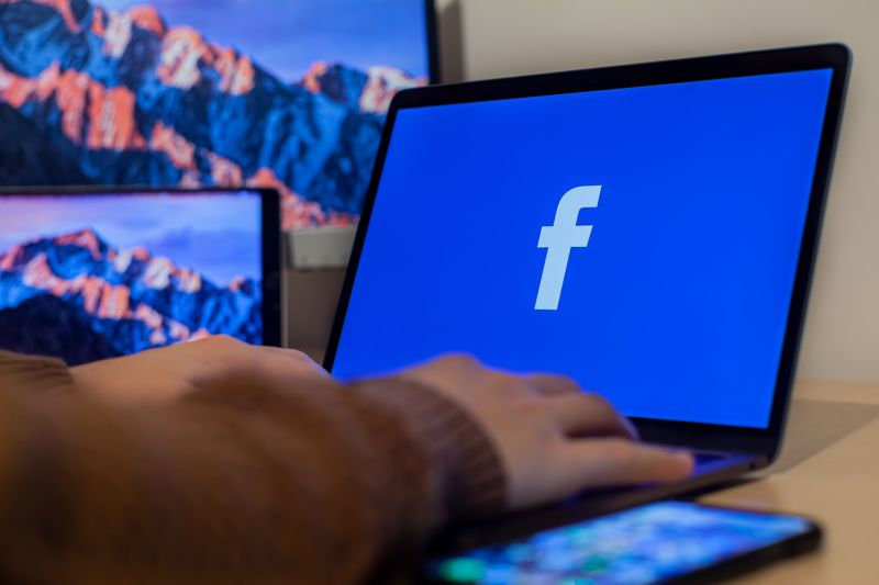 Ini kronologi lengkap tumbangnya layanan Facebook, WhatsApp dan Instagram