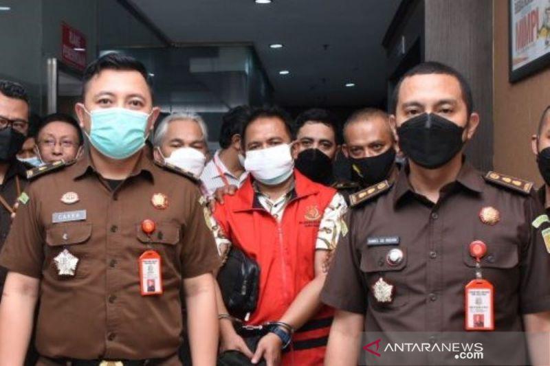 Kejati Jabar tahan empat tersangka kasus dugaan korupsi PT Posfin
