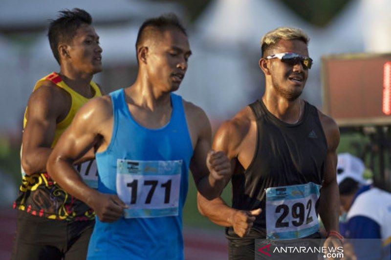 Atlet Lari Sumbar Fauma Depril Raih Emas Di PON Papua