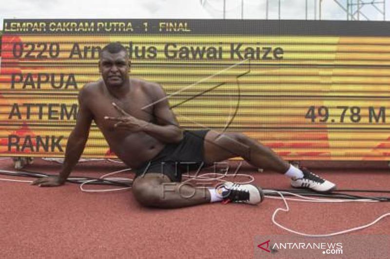 Arnoldus Juara Lempar Cakram Putra PON Papua