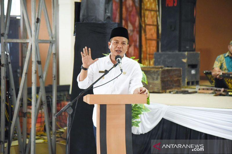 Bupati Bandung wajibkan warganya berbahasa Sunda setiap Rabu