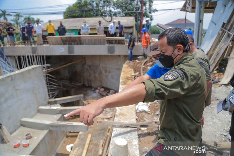 Jembatan Kampung Situ Asem Bogor rampung akhir Oktober