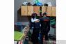 Petugas razia di Lapas Biaro, ini barang-barang terlarang yang diamankan